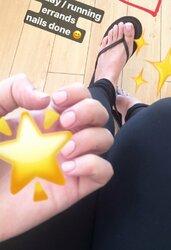 Imane-Pokimane-Anys-Feet-2964282.jpg