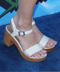 Greer-Grammer-Feet-2373038.jpg