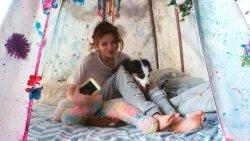 Bella-Thorne-Feet-3374660.jpg