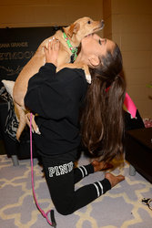 Ariana-Grande-Feet-1761644.jpg