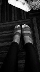 Ariana-Grande-Feet-1789340.jpg