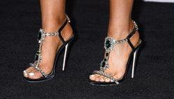 Ariana-Grande-Feet-2002697.jpg