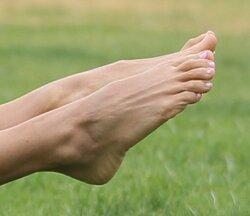 Leilani-Dowding-Feet-1267667.jpg