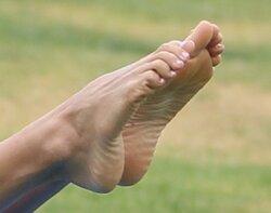 Leilani-Dowding-Feet-1267672.jpg