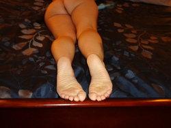 red toes 008.JPG
